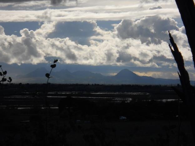 sutter-buttes-clouds-624x468